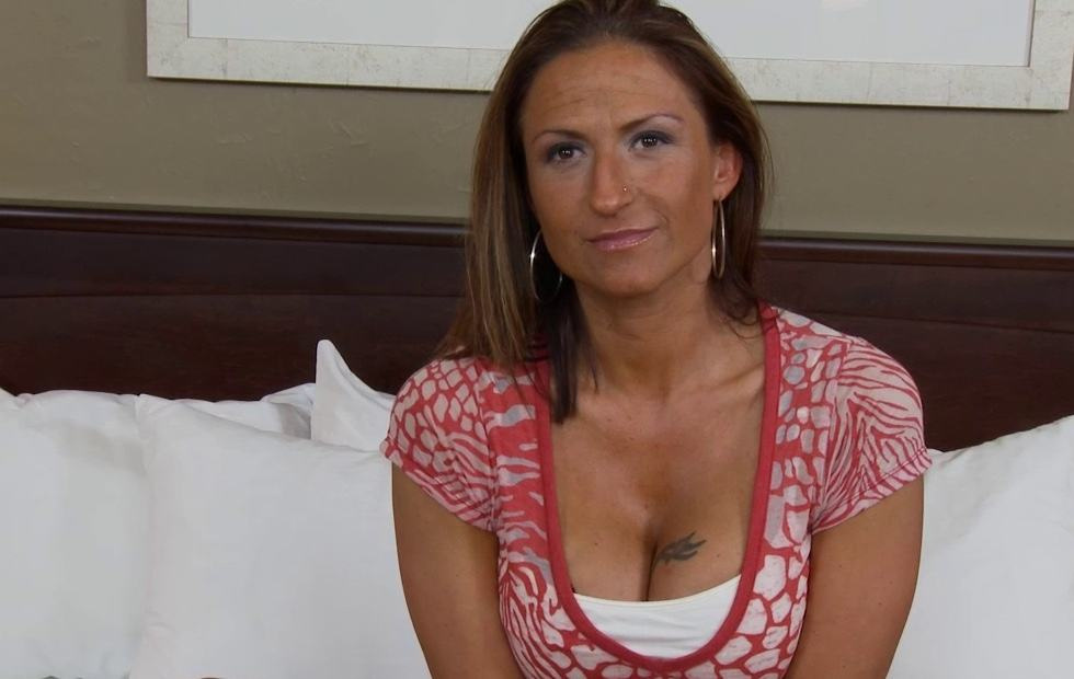 Madre hace su primera porno