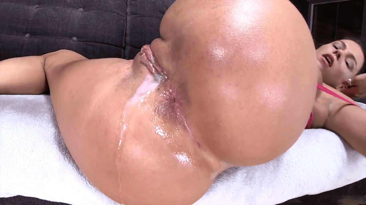 desnuda cream pie